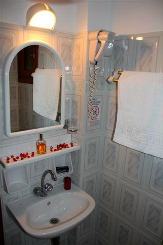 Dimitra Studios Toilet