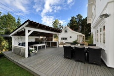Åros - Nyere praktfull sveitservilla med stor, usjenert tomt - sjøutsikt og solrikt - Krogsveen