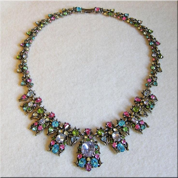 Fabulous HOLLYCRAFT Signed Pastel Rhinestone 1950 Vintage Estate Necklace