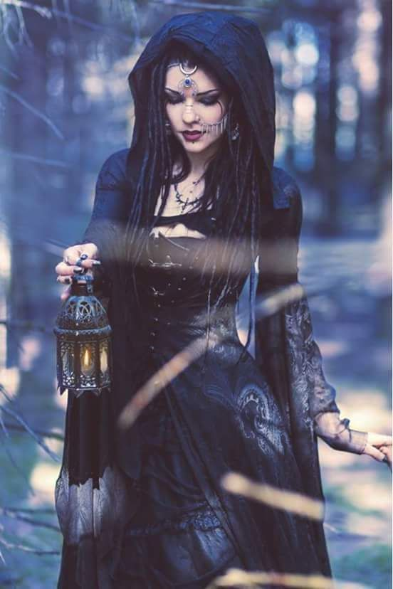 Come..let's walk into the woods..And see such magickal and wicked thinks... Darklady