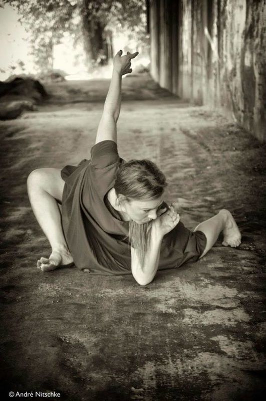 Q: I understand that before becoming a photographer, you were a running trainer. To what extent do you think that this activity has had an impact on your perspective about dance? Have you been able...