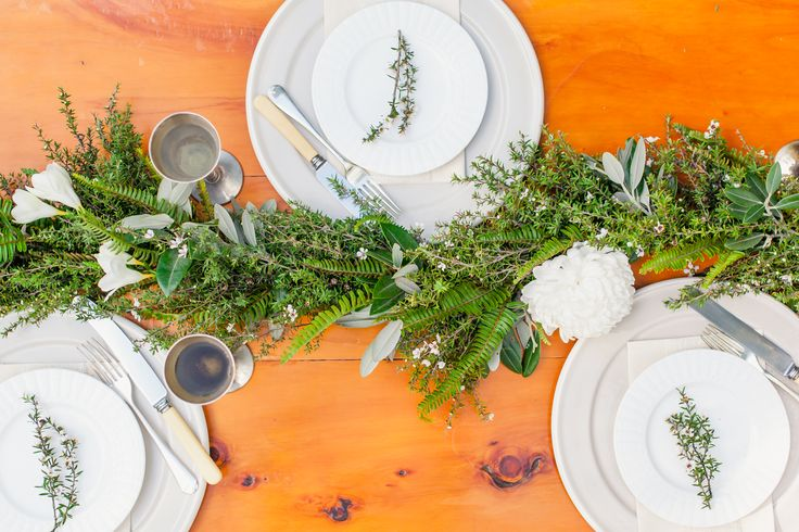 Divine manaka garland as a rustic inspired table setting. Styled by Honeysucklerose and photographed at Hush by Courtney Horwood.