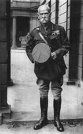 Frederick Roberts, 1st Earl Roberts of Kabul and Kandahar on his 82nd birthday in First World War Uniform. Roberts died of pneumonia in St Omer, France while on a brief visit to troops of the Indian Corps of whom he was Colonel in Chief. One of only two non-royals to lie in state in St. Paul's Cathedral, he was given a state funeral.