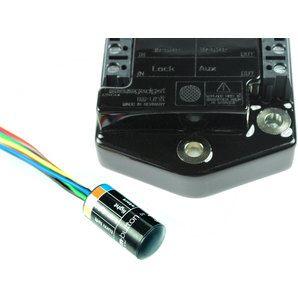 Система Motogadget m-ButtonСистема m-Button в комбинации с модулем управления m-Unit V.2 помогает сократить количество проводов для подключения различных потребителей. Встроенная в руль, или другое удобное место эта система позволяет подключить все органы управления, расположенные на руле (переключатели и кнопки). Благодаря технологии передачи данных по шине система m-Button передает команды на управляющий модуль m-Unit V.2 (включающий и отключающий потребители) с помощью одного…