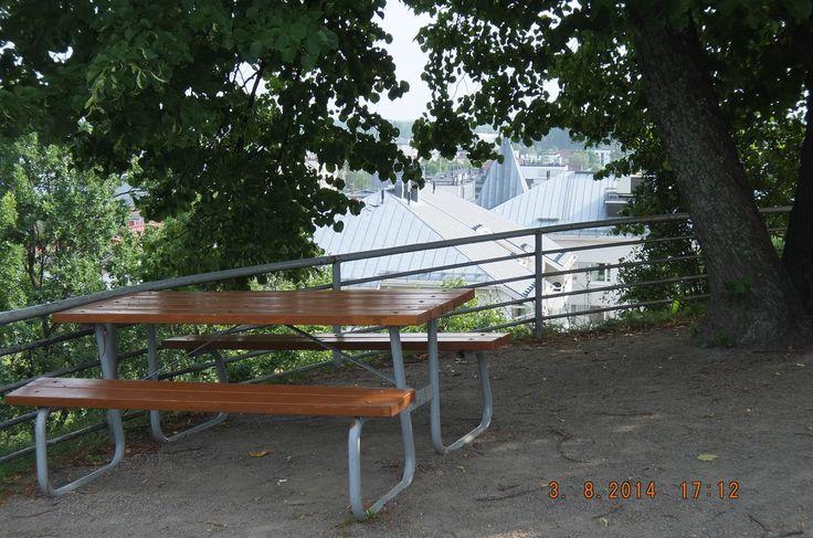 Скамейка 2 (Над обрывом)