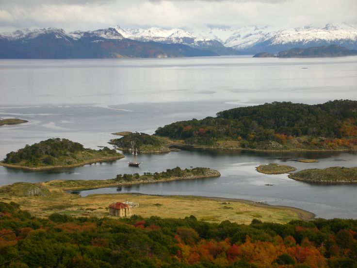 At the southernmost end of the Earth, on a remote island next to the mithical Cape Horn, Lakutaia Lodge offers cozy and comfortable lodging and awesome excursions to explore the area. Contact us and we'll tell you more! #acrossargentina #endoftheworld #patagonia #remoteplaces #unforgettable #experience #travel #voyage #viagem #viaggio #explore #discover #nature #adventure #exciting #outdoors #trekking #kayaking #horsebackriding #FlyFishing #landscapes #places #beautiful #traveling #travelers