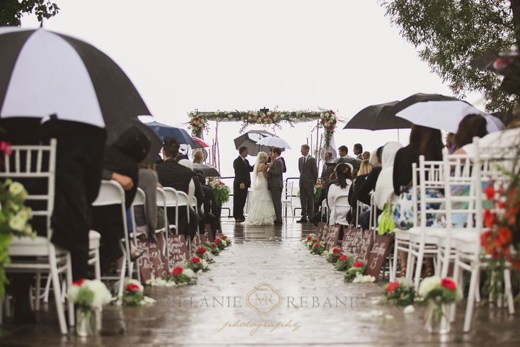Waupoos Estates Winery Wedding – Sneak Peek