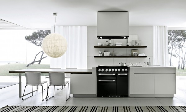The Mercury 1000 induction model fits perfectly in this sleek contemporary kitchen. The contrast of the striking liquorice hue against the crisp white units creates a feast for the eyes.
