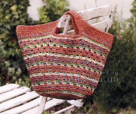 разноцветная сумочка вязаная крючком