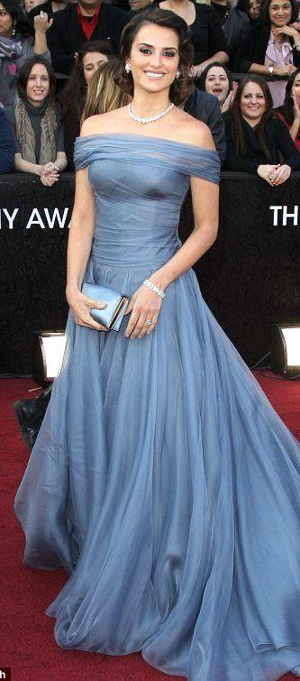 Penelope Cruz dress Giorgio Armani 2012