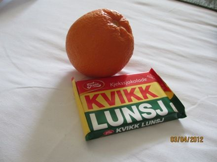 Appelsin og Kvikklunsj hører påsken til