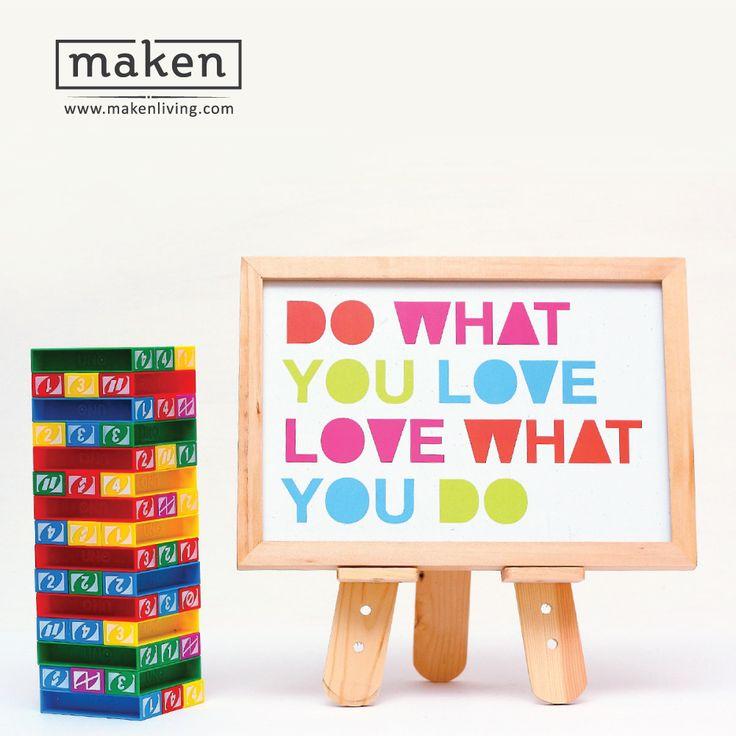 Do What You Love - AUG15-04 Melalui desain sederhana, warna ceria, dan pesan yang bold ini, wall decoration ini mengajak kita semua untuk selalu mencintai apa yang kita lakukan dan melakukan apa yang kita cintai. Desain ini pas sekali untuk menceriakan ruang kamar di rumahmu.