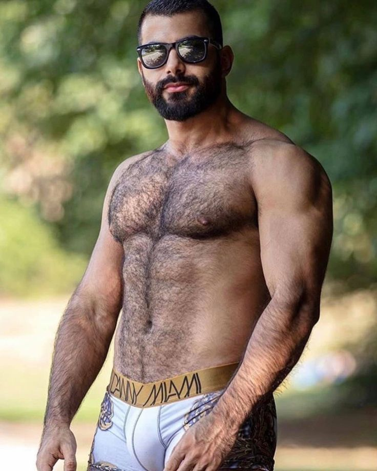 Back dating hairy man