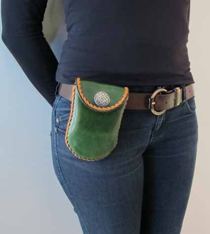Fanny bag handmade leather Roxu - Made in Galicia - $57.90
