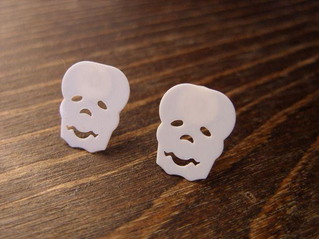 Scary gifts at DaWanda Stud Earrings – Halloween skull earrings – a unique product by magestudio via en.dawanda.com