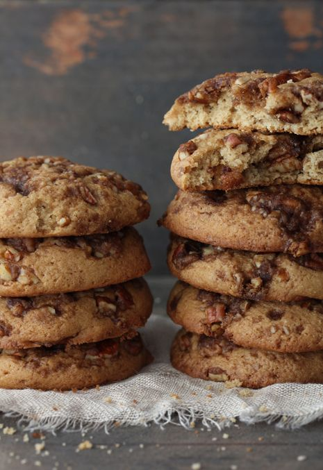 Coffee Cake Cookies. Imagine all the ingredients in a coffee cake and there you have it. A midget size in your hand. Addictive is the first word that comes to mind:)