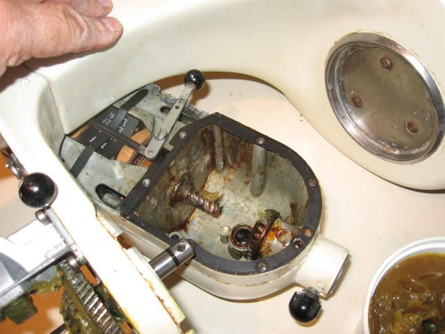 How to clean and re-grease a Kitchen Aid mixer