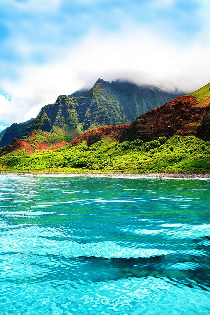 Nā Pali coast, Kauai, Hawaii. Can't wait to see this on our honeymoon!