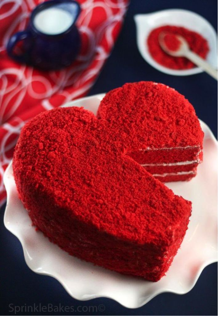 14 Sweet Heart Shaped Cake Disign Ideas