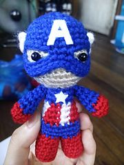 Captain America Knitting Pattern : 28 best images about Superhero Knits/Crochet