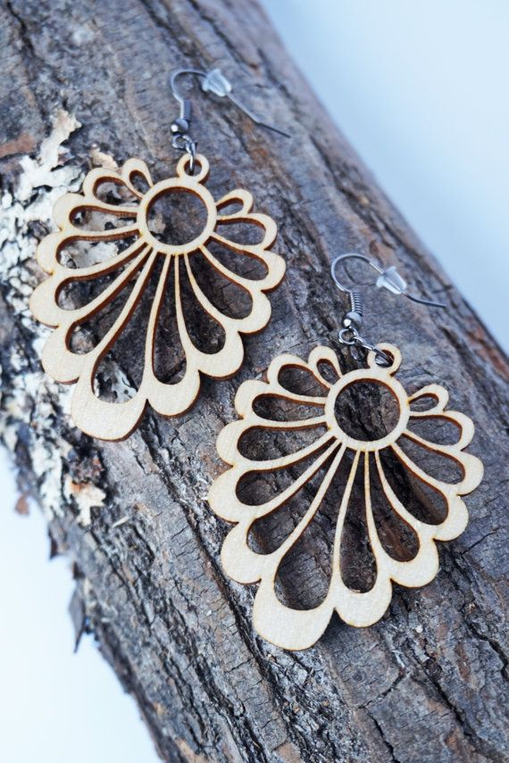 Flowers Filigree Laser Cut Wood Earrings / vintage by Lubawastyle