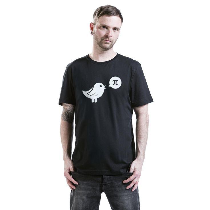 """Classica T-Shirt uomo nera """"Pi"""" con scollo tondo e ampia stampa frontale."""