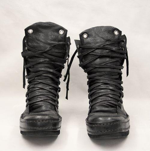 Men's black Boots | Beats 'n Boots | blog.denibeat.com | Blog by singer Deni…