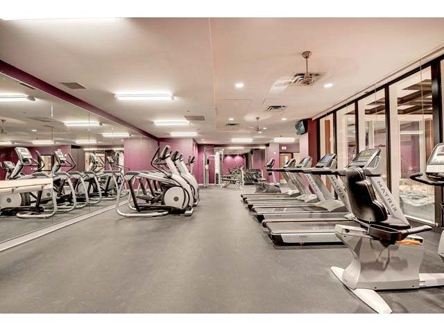 Apartments in downtown Chicago with fitness center. Gold Coast City Apartments is a luxury apartment community in the Gold Coast neighborhood of downtown Chicago. Apartments for rent in downtown Chicago with many resident amenities.