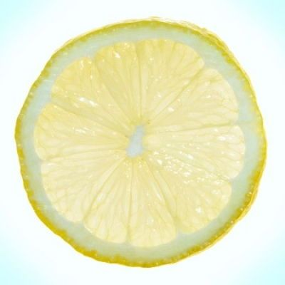 Hoe krijg je mooi blond haar? Is citroensap de oplossing? Mooi blond haar dankzij citroensap, is het iets voor jou?