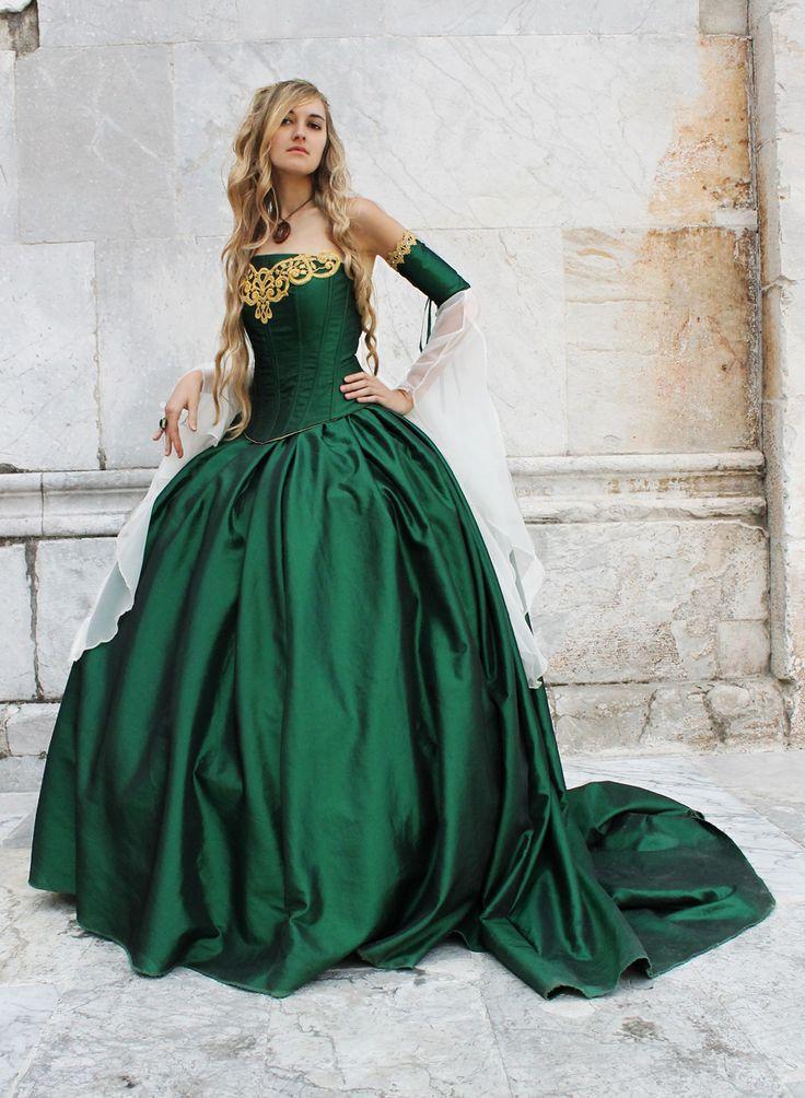 The green Cersei Lanni...