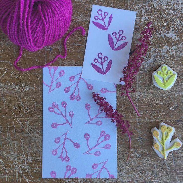 RITAGLI E RIFLESSIONI 💕 Perché non è il pezzo di gomma inciso che fa la differenza, ma il suo utilizzo e la sua potenzialità .. Perché è quello che c'è dietro, è la fantasia, e' la tua idea, che lo rendono unico .. Questo è quello che vorrei trasmettere con i miei timbri, questo il pensiero che vorrei vi arrivasse .. 💕  Oggi va così .. mattina produttiva e pensierosa  #handmade #timbri #cards #paperlovers #handcarvedstamps #handprint #sellos #stempel #fattoamano