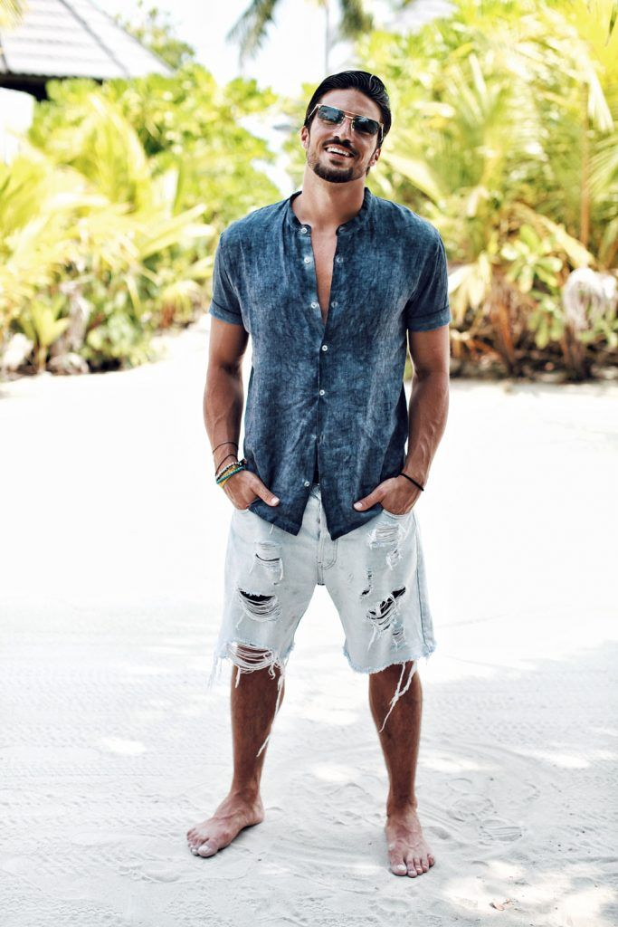 Mdv Coachella Outfit N0 1 Inspired By The Maldives Mens Summer Fashion Beach Summer Fashion Beach Men S Summer Outfit