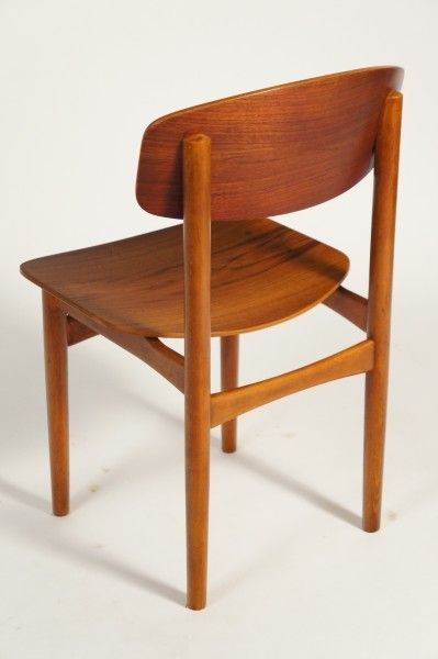 Angelucci 20th century borge mogensen dining chairs for Chaise mullca 511