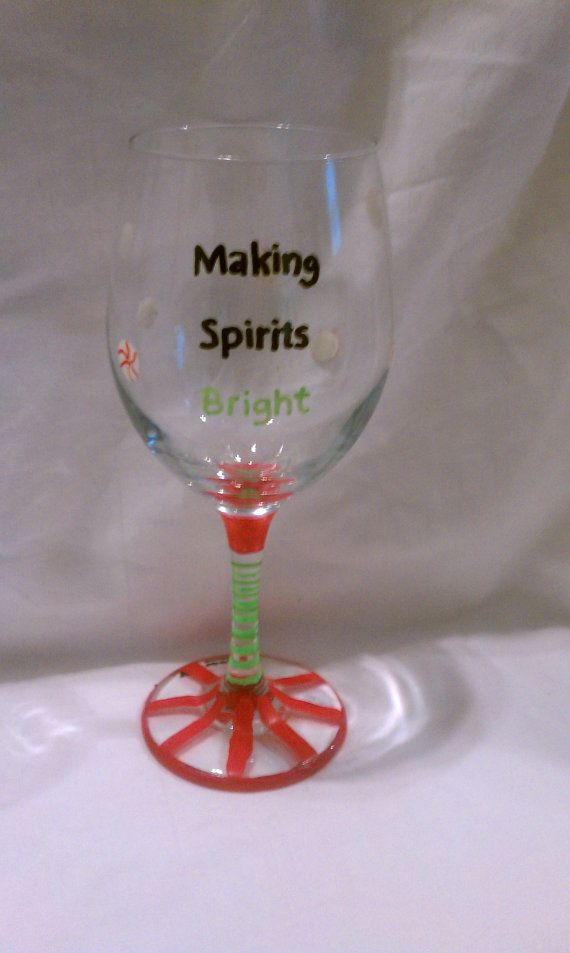 Hand painted christmas 20oz wine glass glasses for Hand painted wine glass christmas designs