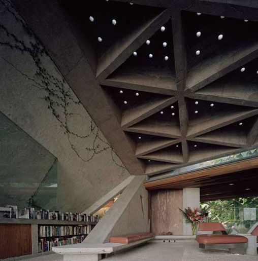 by John Lautner in Hollywood Hills