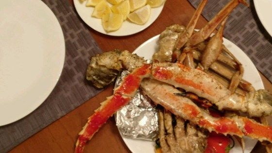 When it comes to crab you have 3 options: you can go to the expensive seafood place for overpriced, soggy, and bland crab; you can ruin it yourself at home;  or you can follow this recipe and have garlic butter crab so good you will never eat it any other way.