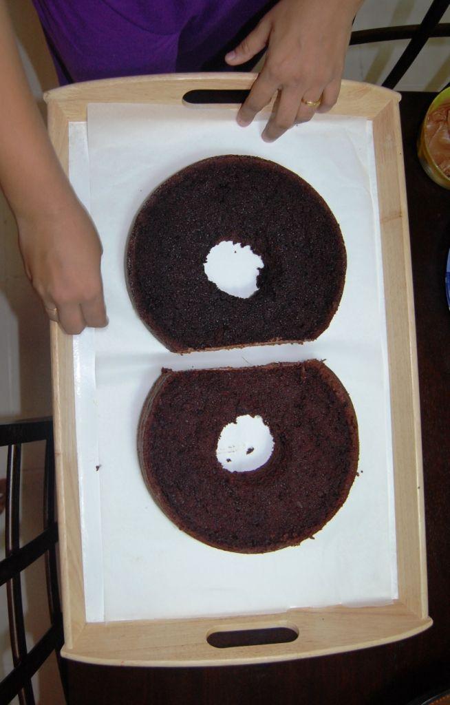 Namnam wurde letzte Woche 8 Jahre alt. Und ich hatte geplant, einen besonderen Kuchen für sie zu backen. So,…   – cupcakes, cakes and more