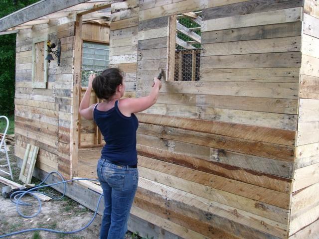 Browhen Share Wooden Pallet Chicken Coop Plans