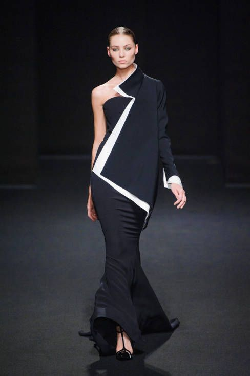 Stephane Rolland Haute Couture runway fashion Fall 2013