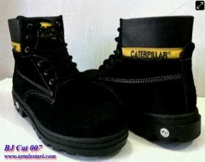 Sepatu Boots Caterpilar Safety Update Stock Sepatu Boots Pria  Hotline : 081315979176 SMS Center : 085725396070 BBM : 224A1F27