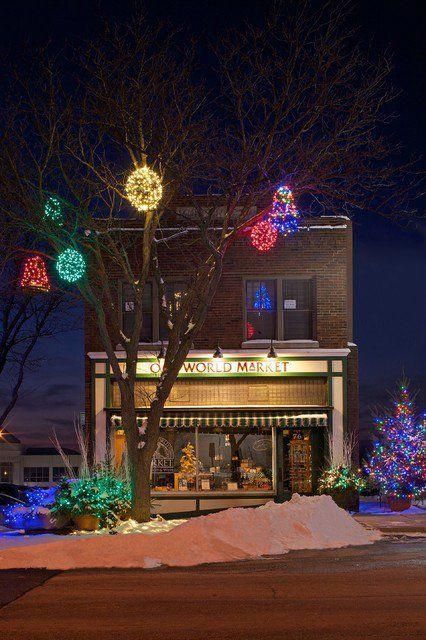 The Best 40 Outdoor Christmas Lighting Ideas That Will Leave You Breathless  #christmaslightsoutsidehouse - The Best 40 Outdoor Christmas Lighting Ideas That Will Leave You
