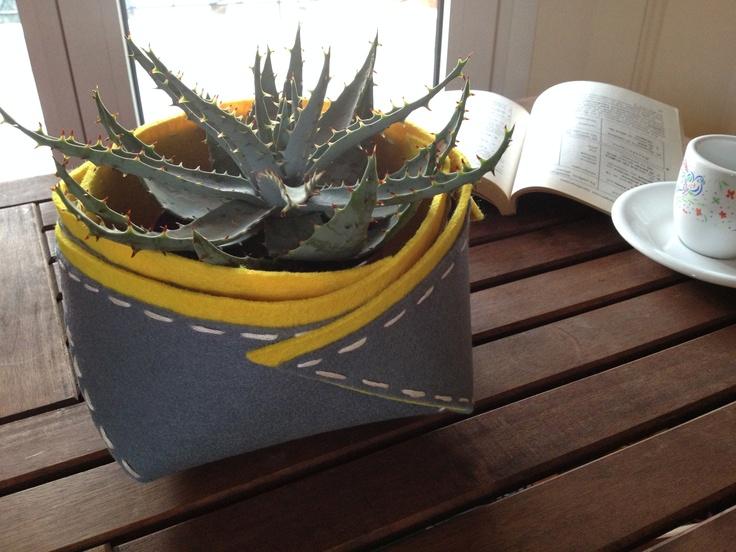 felt-made little basket