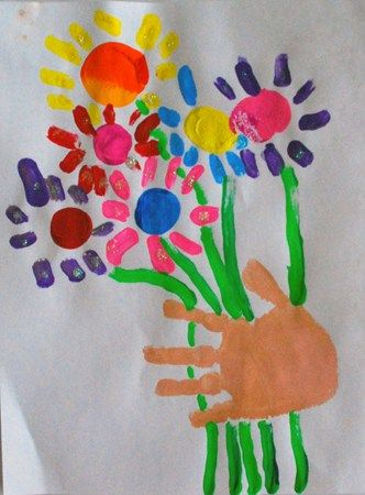 Kinder Picasso hands with bouquet