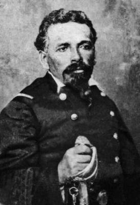Juan Segundo Valenzuela Goyenechea (1836-1880), Subteniente del Regimiento Atacama. Muere en 1880, en la Batalla de Tacna. Era hermano de la cantinera Filomena Valenzuela y murió en sus brazos.
