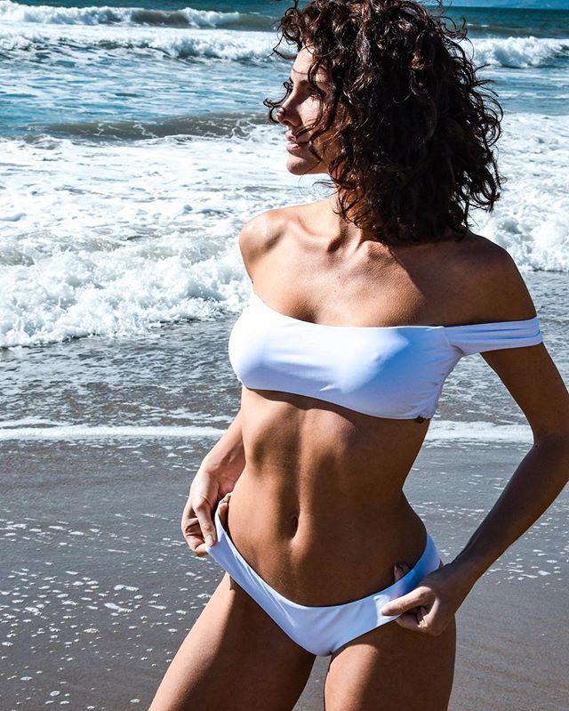Cleavage Bikini Andja Lorein  naked (17 foto), Twitter, panties