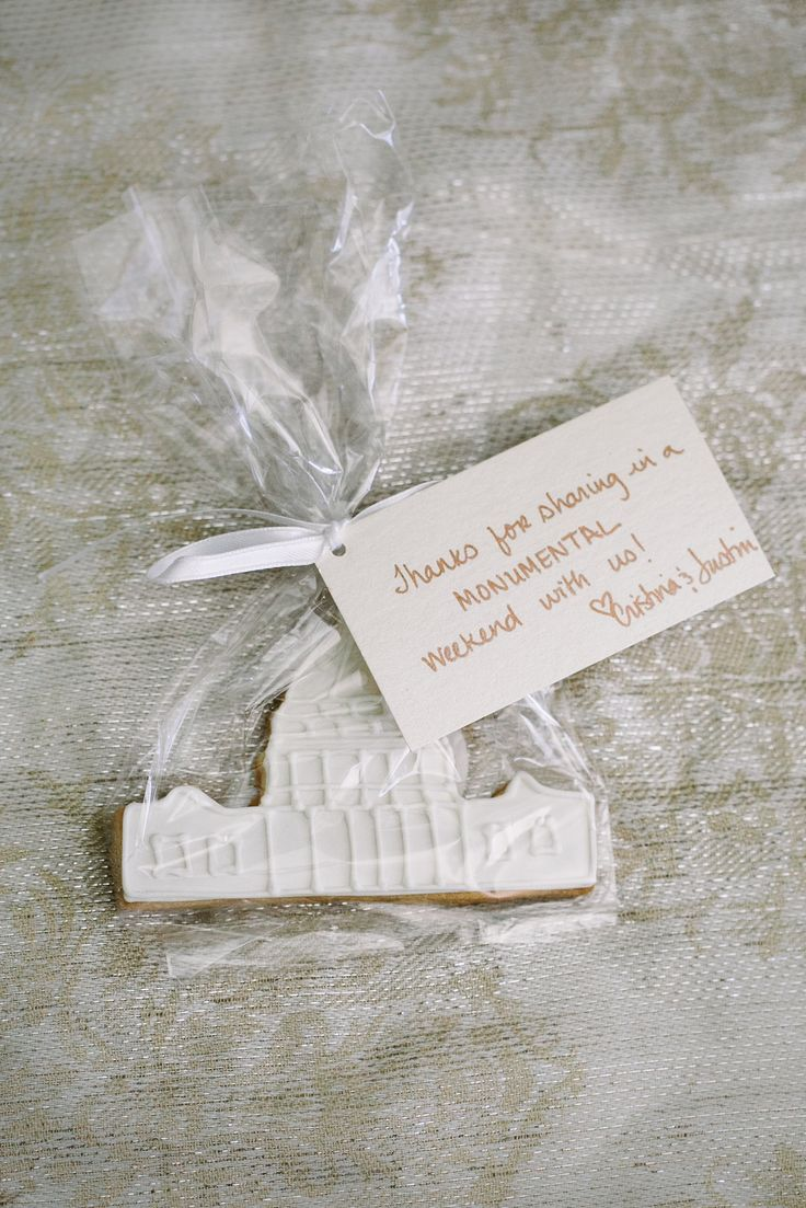 12 best Wedding Favors images on Pinterest | Bridal shower favors ...