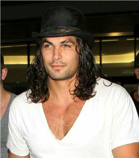 Jason Momoa Samoan: He Loves Hats...