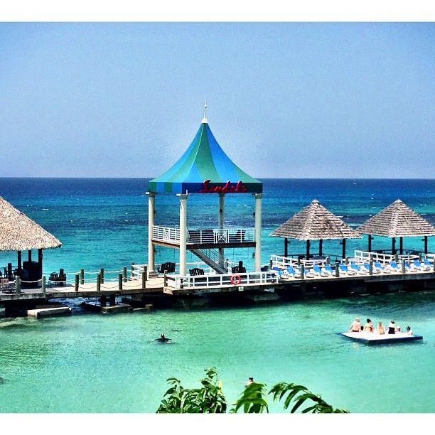 Sandals Grande Riviera Beach & Villa Golf Resort in Ocho Rios