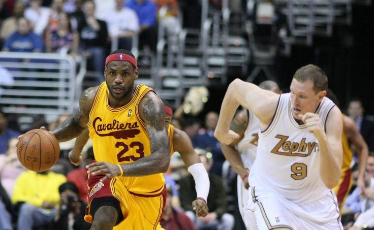 Bulls Rumors: LeBron James Joining Dwyane Wade In Chicago? - http://www.morningnewsusa.com/bulls-rumors-lebron-james-joining-dwyane-wade-chicago-2395063.html