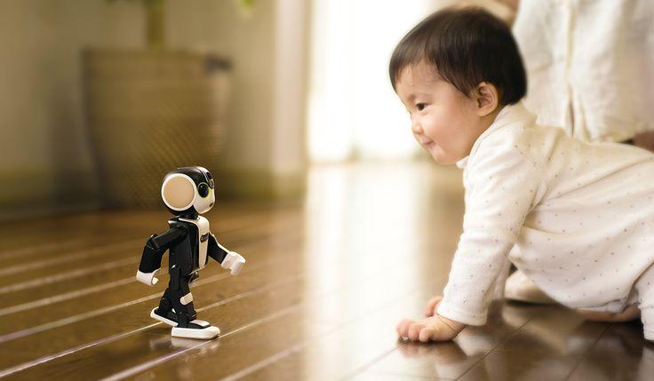 "Sharp to debut robot smartphone ""RoBoHoN"" | AkihabaraNews"